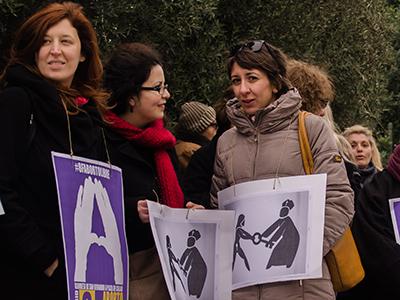 Protesta en Atenas por la reforma de la ley del aborto española (2014|  © Clara Palma