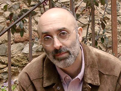 Eduardo Halfón |  © Rosa Cruz  / Cortesía de Libros del Asteroide
