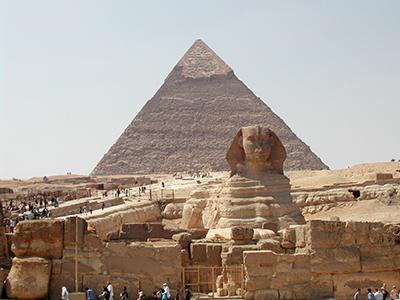 Pirámide de Guiza con Esfinge |   ©  Darío Menor / M'Sur