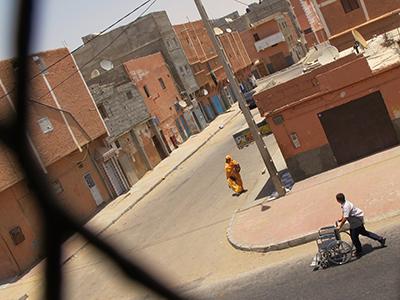 Calle en El Aaiún (Sep 2015) |  © Karlos Zurutuza