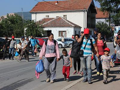 Refugiados en Presevo, Serbia (Ago 2015) |  © Daniel Iriarte / M'Sur