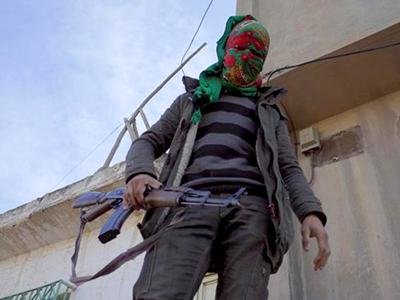 Combatiente kurdo en Nusaybin (2016) | ©  Lluís Miquel Hurtado