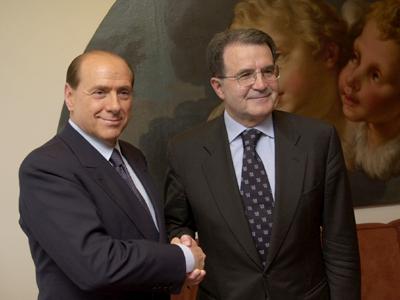 Silvio Berlusconi (izda.) y Romano Prodi (2001) |  © Comisión Europea