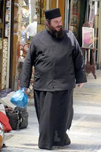 Un sacerdote ortodoxo en Atenas (2009) | © A. Luque / M'Sur