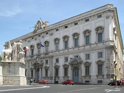 Tribunal Constitucional en Roma | Adrian Pingstone (Uso libre)