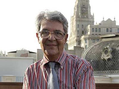 Juan Arias |  © Cristóbal Manuel / El País