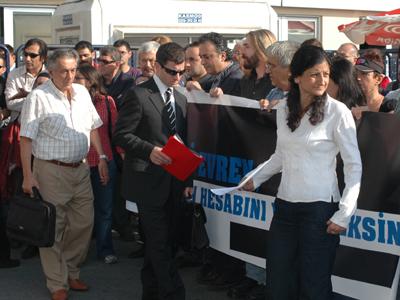 Manifestación por juzgar a Kenan Evren (Estambul, 2010) | © Ilya U. Topper / M'Sur
