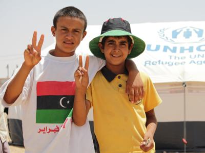 Niños libios refugiados en Remada, Túnez (Jul 2011) |  ©  Javier P. de la Cruz
