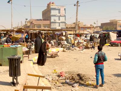 Ciudad Sadr, el barrio chií de Bagdad  (2012)  |  ©  Karlos Zurutuza