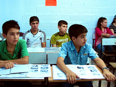 Colegio kurdo en Derik (Hasakah, Siria); Sep 2012  | ©  Karlos Zurutuza