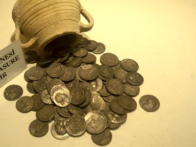 Monedas en el Museo de Hatay, Turquía | ©  Ilya U. Topper
