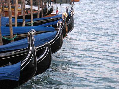 Góndolas en Venecia | © Alejandro Luque / M'Sur