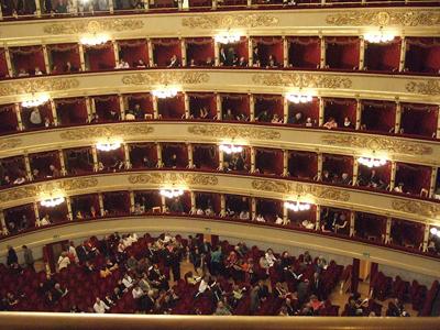 Interior del Teatro alla Scala, Milano | Stevage (CC)