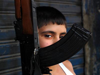 Talal Omar, de 12 años, en Tripoli, Líbano. Junio 2013   ©  Laura J. Varo