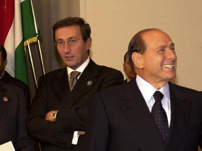 Gianfranco Fini (izda.) y S. Berlusconi (Bruselas, 2003) | © Comisión Europea