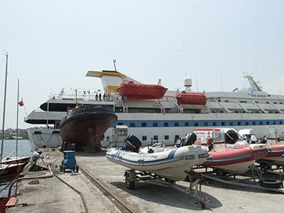 El buque Mavi Marmara, atracado en Estambul (Mayo 2011)  |  © Ilya U. Topper