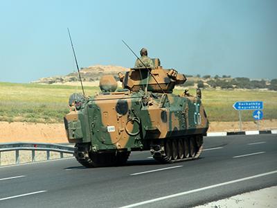 Tanque turco en Chipre Norte (Abril 2012) |  © Ilya U. Topper