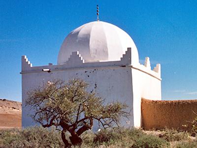 Marabut con árbol sagrado en la región de Marrakech (Marruecos) | © I.U.T. / M'Sur