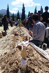 Tumbas de mineros muertos en el accidente de Soma  (Mayo 2014) |  © Ll. M. Hurtado