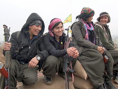Guerrillas kurdas de las YPJ en Kobani (Enero 2015) | © Lluís Miquel Hurtado