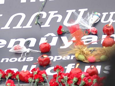 Conmemoración del genocidio en Taksim, Estambul (24 Abr 2011)