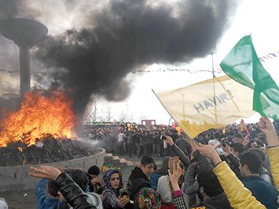 Fiesta del Newroz en Diyarbakir (Mar 2017) | © Javier P. De la Cruz / MSur
